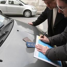 Rc Auto, rincari per 1,5 milioni di italiani Ecco chi sono i più «maldestri» - Classifica