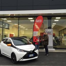 Toyota, l'auto si compra su Amazon Ecco la prima nella Bergamasca