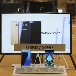 Samsung , stop alle vendite Galaxy Note7 Troppo alto il rischio esplosione - video