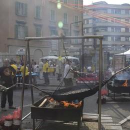 Domenica di festa in centro città Via Mai: strada chiusa, musica e attività