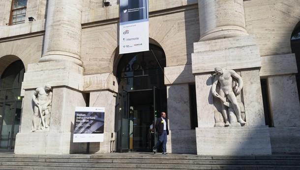 Borsa: Milano in forte rialzo, +2%