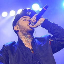 Emis Killa a Stezzano Fan in delirio per il rapper