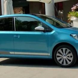 La Volkswagen sceglie Bergamo Ecco il video della nuova Up!