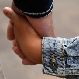 Bimba portata in Tunisia dal padre La nonna: «Da luglio nessuna notizia»