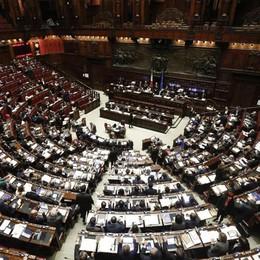 Proposta taglia-stipendi dei parlamentari Se legati alle presenze, Guerini al top
