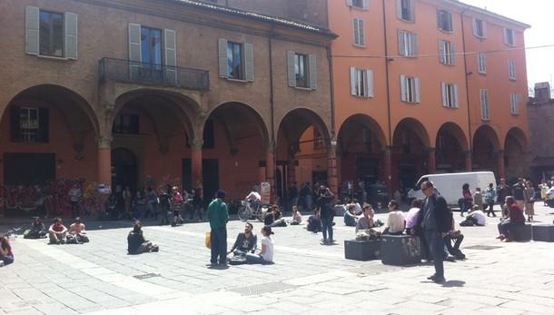 Scontri a Bologna polizia-collettivo