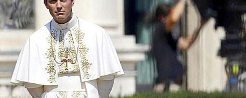 Il Giovane Papa tra realtà ed equivoci