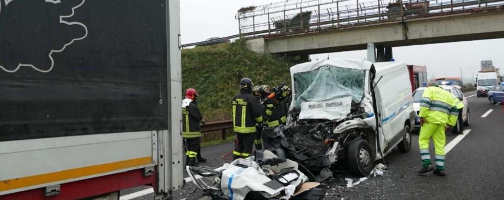 Schianto sull'autostrada del Brennero Muore 50enne di Alzano Lombardo