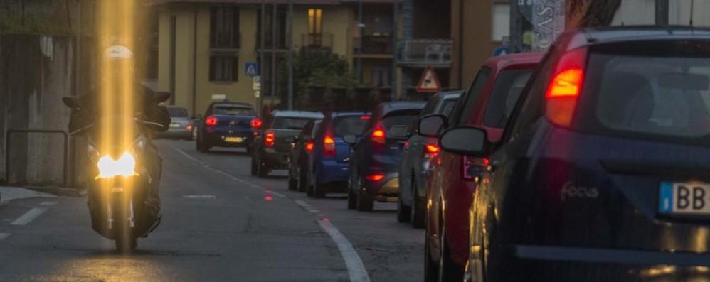 Volete evitare traffico e incidenti? Aggiornamenti live, è arrivata la nebbia
