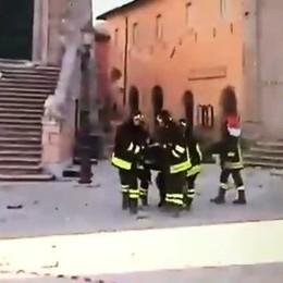 Terremoto, le suore portate in salvo