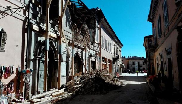 Terremoto: Renzi, domani riuniamo Cdm