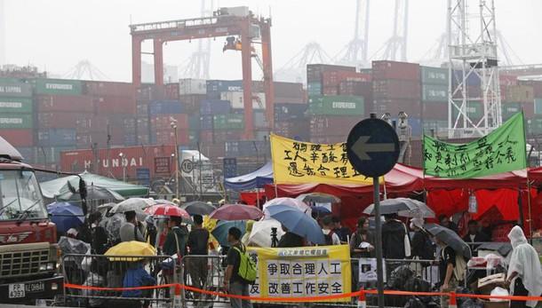 Cina, si rafforza indice Pmi ottobre