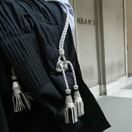 «Fingeva cause per incassare parcelle» A giudizio un avvocato bergamasco