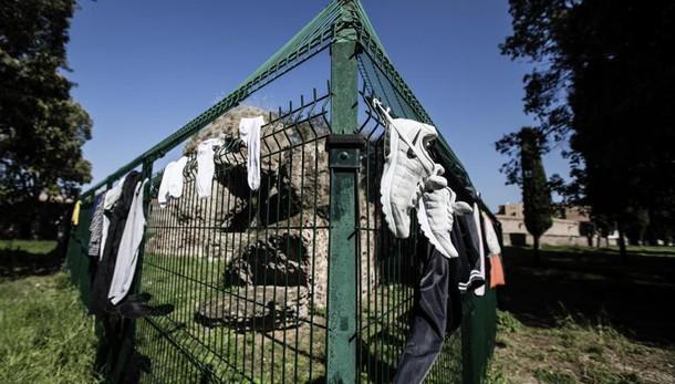 Stupro Roma: Colle Oppio chiuso di notte