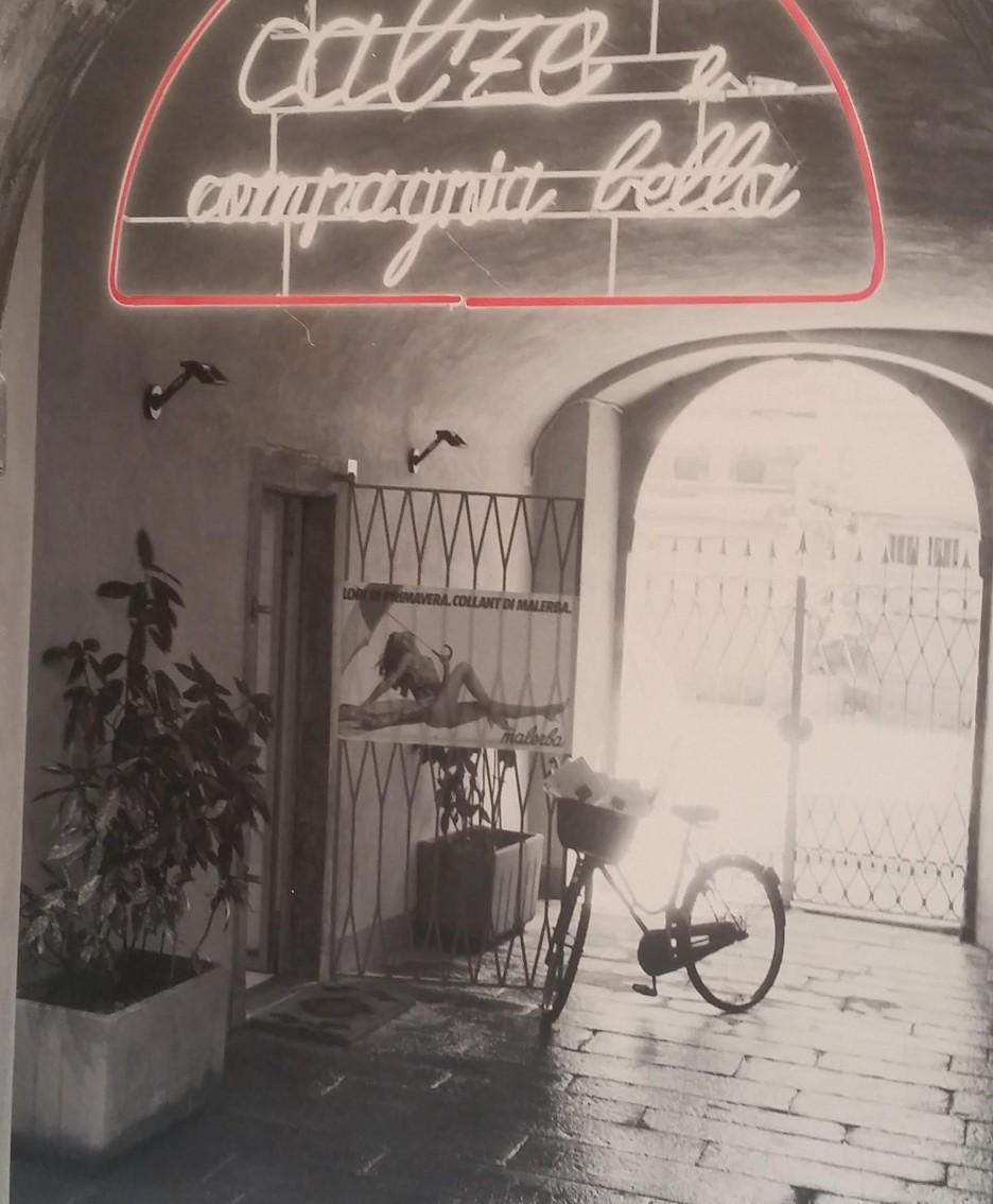 Il negozio «Calze e compagnia bella»