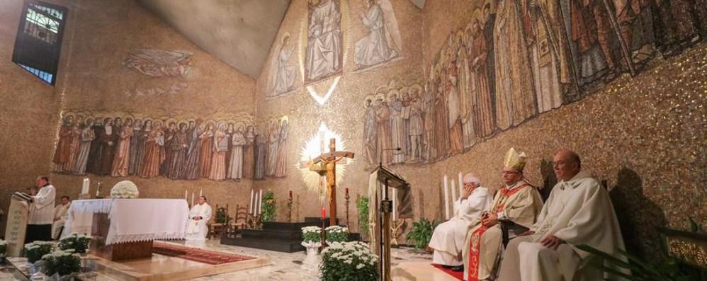 Il vescovo alla Messa di Tutti i Santi «Chi piange non sia lasciato solo»