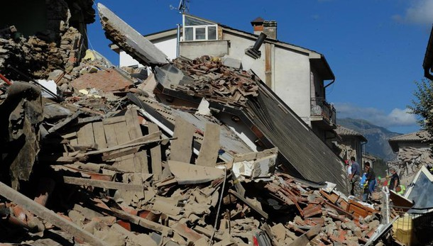 Libri gratis a alunni vittime sisma 24/8