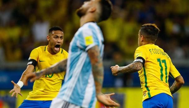 Mondiali: lezione Brasile all'Argentina