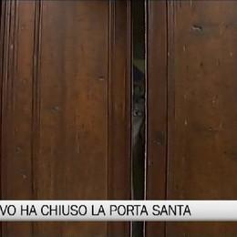 Il Vescovo ha chiuso la Porta della Misericordia e chiuso l'anno giubilare