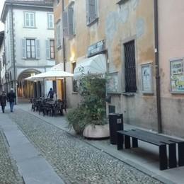 Ragazzini presi di mira da un ladro Allarme sicurezza in centro  a Romano