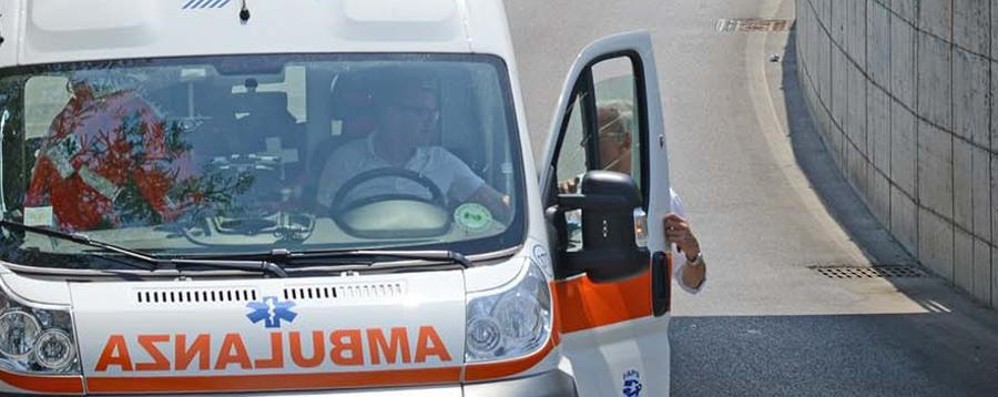 Scontro sull'Asse, un ferito Strada chiusa ad Albano