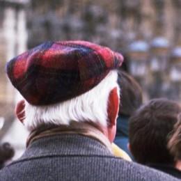 Truffe agli anziani, è allarme: + 19% «Denunciate per evitarne altre» - Video