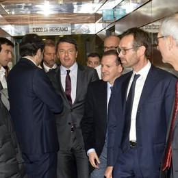 Matteo Renzi  a Bergamo Il saluto online ai lettori de L'Eco - Video