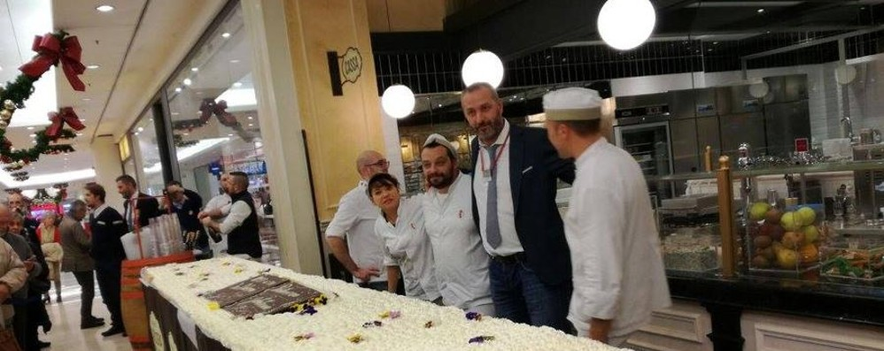 Una torta da record a Oriocenter Sette metri di bontà per la «Dolceria»