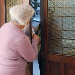 Non solo truffe ai danni degli anziani Attenzione alle vendite di prodotti medicali