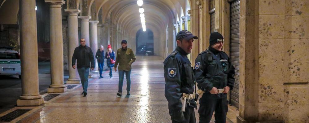 Bergamo, presidio e illuminazione  Più sicurezza al Quadriportico