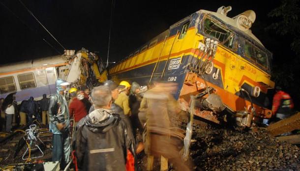 India: almeno 45 morti in deragliamento