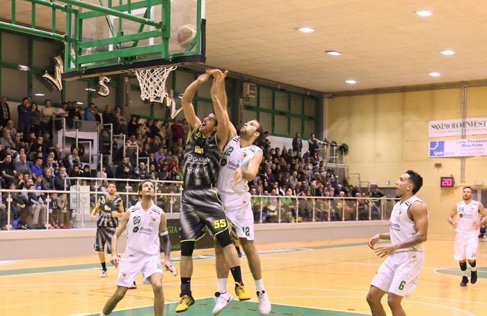 Basket serie B 2016/17 Partita fra Virtus Padova e Comark Bergamo