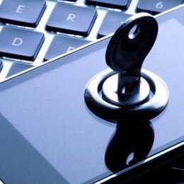 Smartphone, occhio alla protezione Uno su due è a rischio attacchi