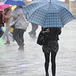Arrivano pioggia e maltempo E la Regione lancia l'allarme