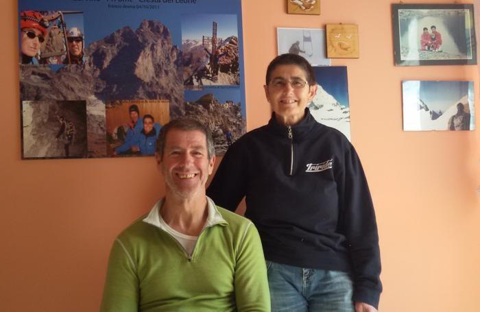 Franco Tonoli ed Ileana Locatelli nella loro casa di Gazzaniga
