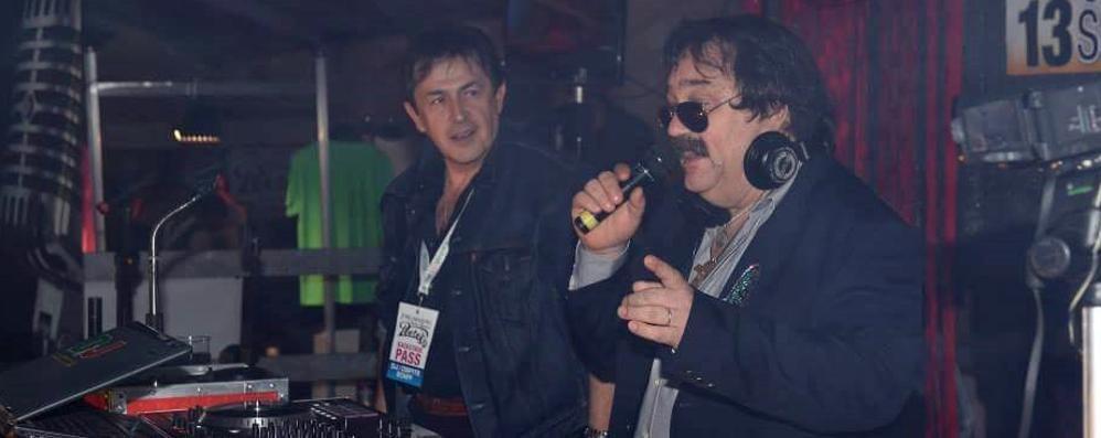 Si sente male all'autogrill di Desenzano  Addio a «Mr. Jones», storico deejay