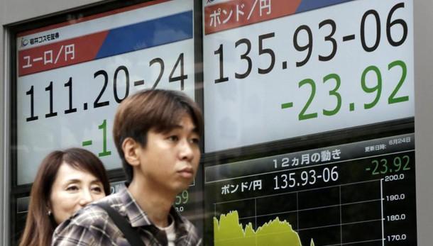 Borsa: Asia in debole rialzo