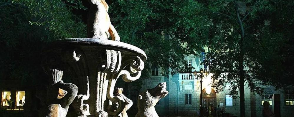 Più sicurezza in Piazza Dante Dopo il presidio ecco le nuove luci