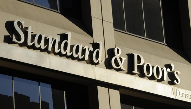 S&P, con no referendum un po' turbolenza