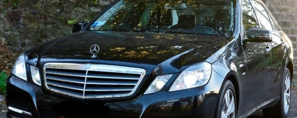 Scacco alla banda della Mercedes nera Urgnano, auto recuperata e ladri in fuga