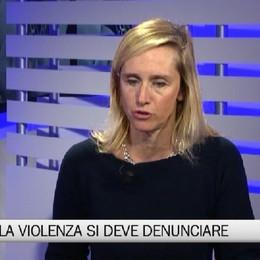 Aiuto Donna: Contro la violenza, le donne devono denunciare