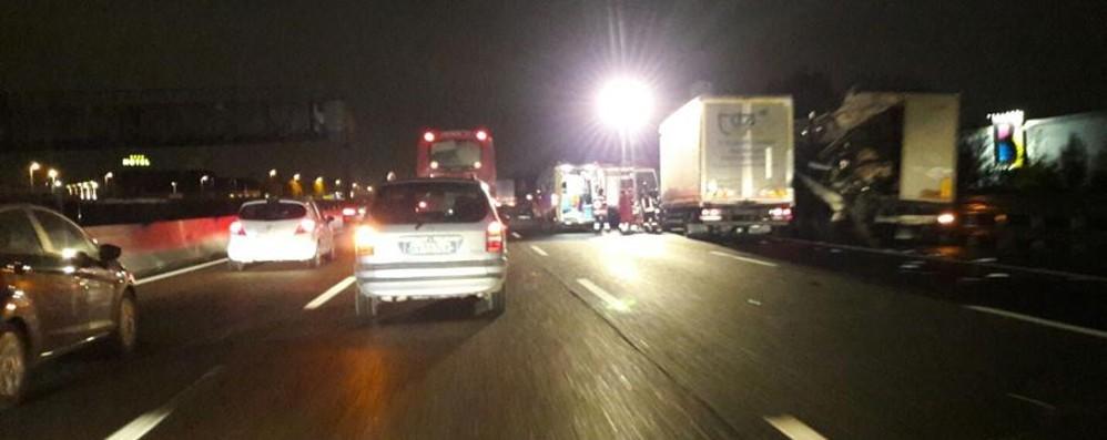 Incidenti in A4, code Trezzo-Dalmine Scontro sull'Asse, traffico in tilt