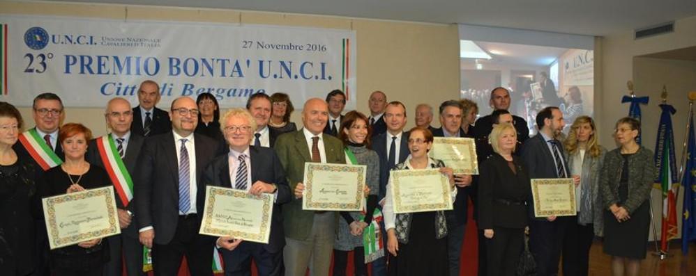 I premi della bontà dell'Unci a un medico e 5 associazioni
