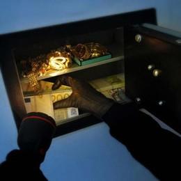 Violenta rapina ad un gioielliere Arrestato mentre fugge da Orio