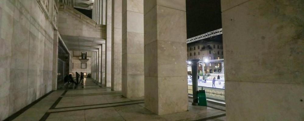Bergamo: liti  e minacce Baby-gang in azione in Piazza Libertà