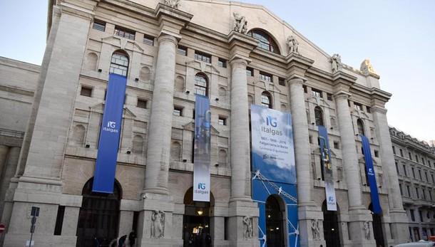 Borsa: Milano chiude in rialzo, +0,48%