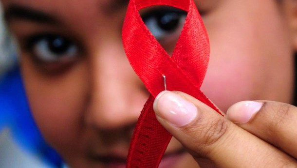Aids:Unicef, ogni 2 minuti un contagio