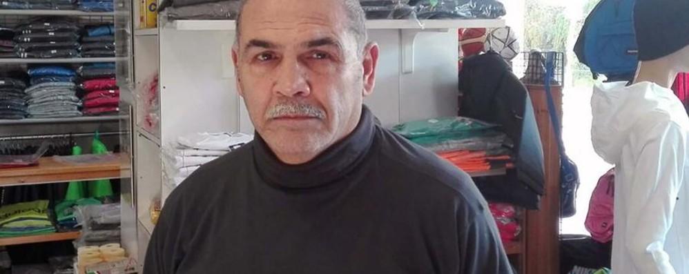 Romano, furto nel negozio dell'ex pugile Brutta sorpresa per i ladri: in 8 vanno ko