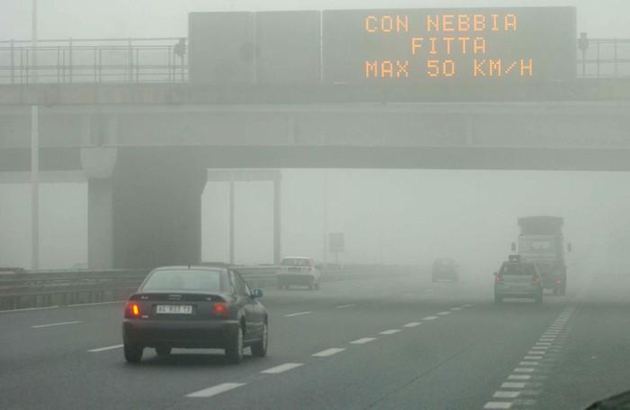 Incidenti In Casa Ecco Come Evitarli : Fitta nebbia in provincia di bergamo ecco i consigli per