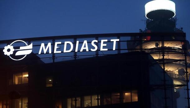 Mediaset: Vivendi al 3%, punta al 10-20%